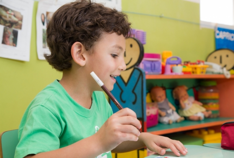 Procuro Escola Particular Infantil com Aulas Bilíngue Guará - Escola Particular de Período Integral